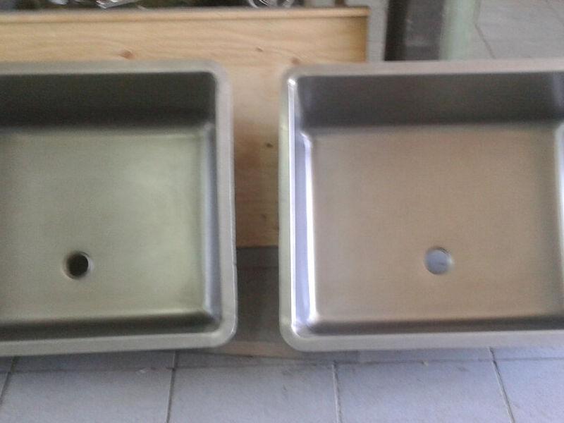 Lavamanos de dos estaciones