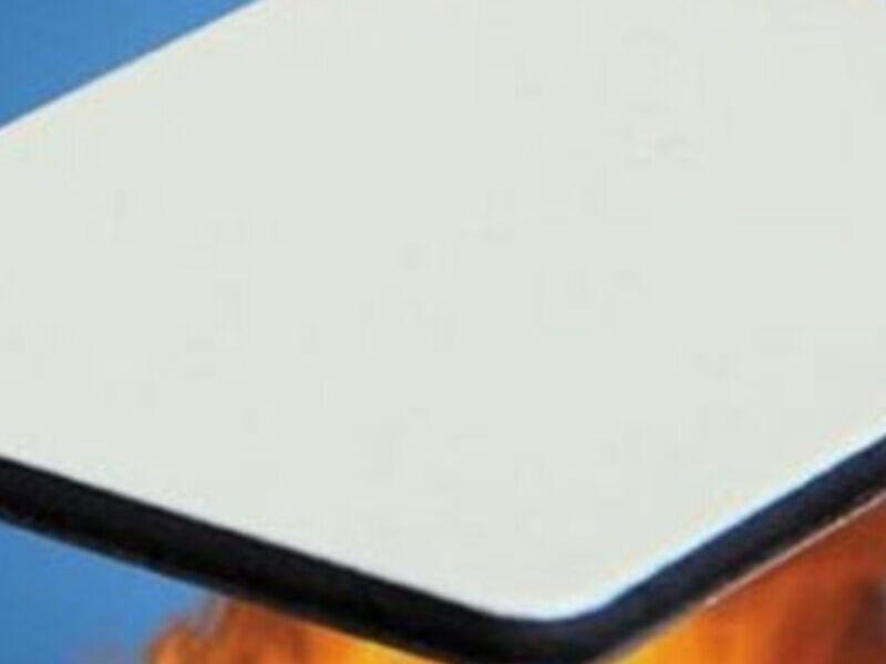 Panel de aluminio resistente al fuego