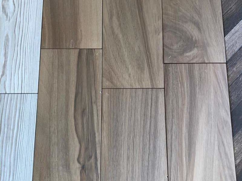 Porcelanato tipo madera 20x60cm